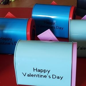 Kids Customized Valentine's mailboxes